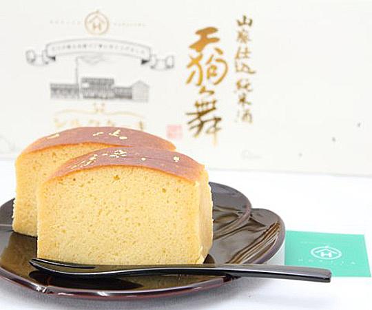 《金沢・HORITA》山廃仕込純米酒 天狗舞シルクケーキ