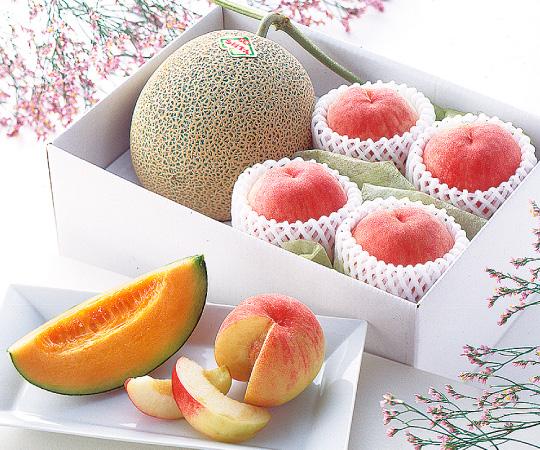 〈北海道・山梨〉赤肉メロンと水蜜桃