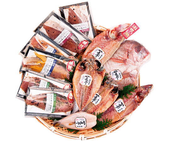 〈氷見/魚蔵 ゑびす屋〉ぶりステーキと干物12枚の詰合せ