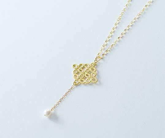 【逸品】<Gold-Knot>金箔|リズム(淡水パール)ペンダント